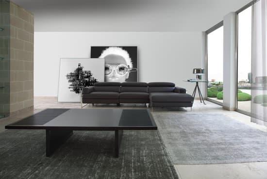 sofa en piel o tela con chaiselongue